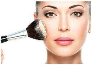 Tips para lucir más joven con maquillaje